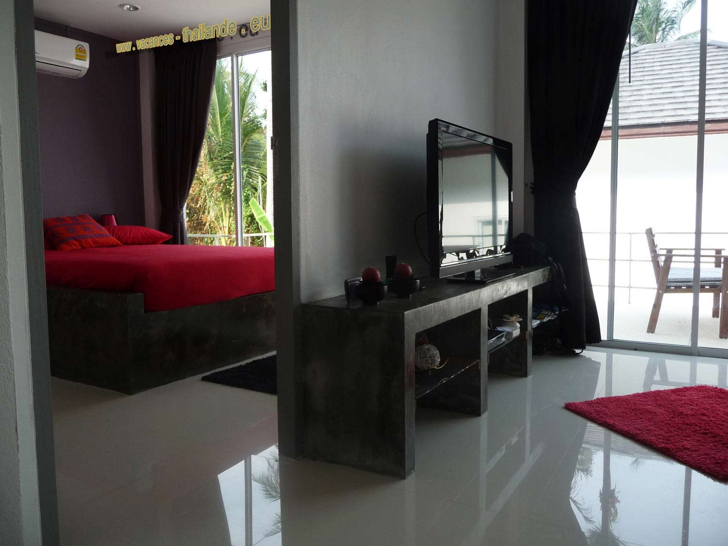 interieur maison thailandaise. Black Bedroom Furniture Sets. Home Design Ideas